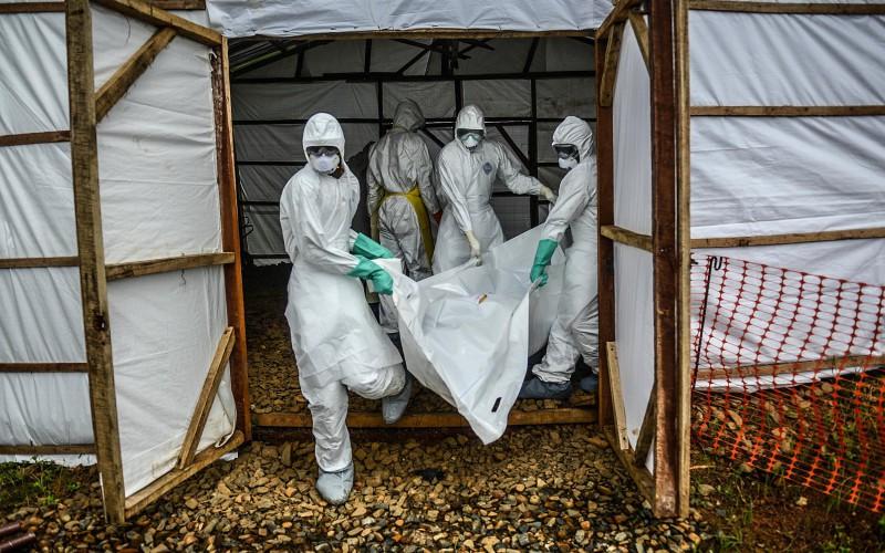 Ebola fait 121 décès en un jour en Sierra Leone