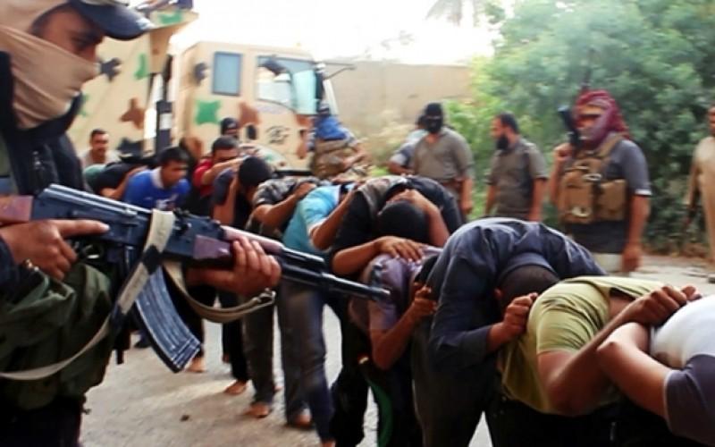 Les corps de 150 sunnites, opposés à l'EI, retrouvés dans un charnier en Irak