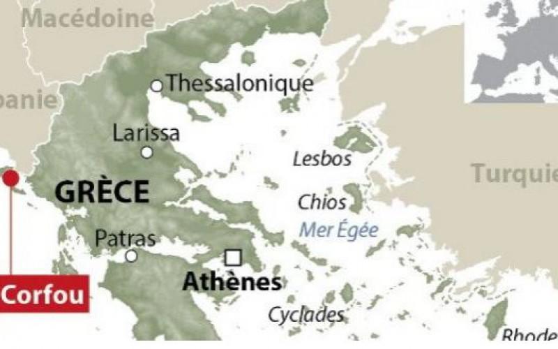 Un cargo avec des centaines de migrants à bord en difficulté au large de la Grèce