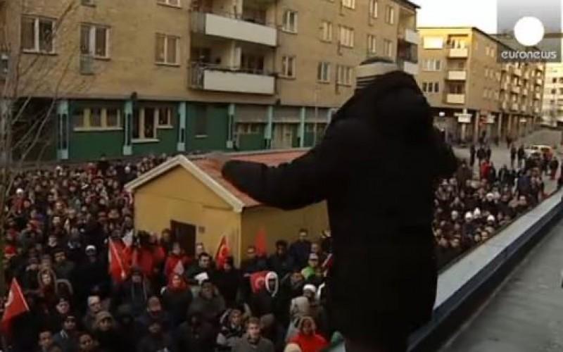 Des Suédois mobilisés pour soutenir la communauté musulmane
