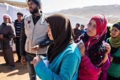 Conflit syriens : sous leurs tentes, les réfugiés grelottent