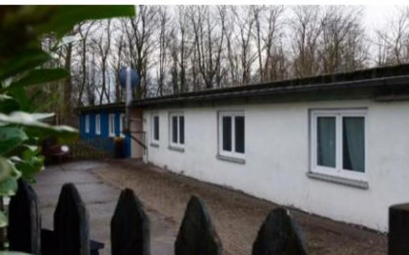 En Allemagne, des demandeurs d'asile abrités dans des baraquements SS
