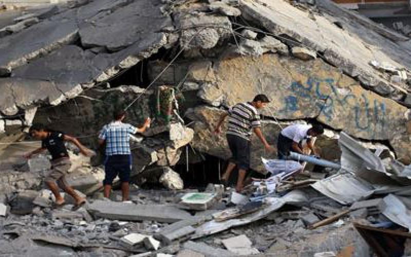 """Israël gèle des fonds qui """"appartiennent au peuple palestinien"""""""