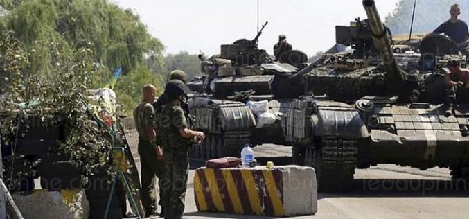 Ukraine : trois soldats tués et 17 blessés en 24 heures