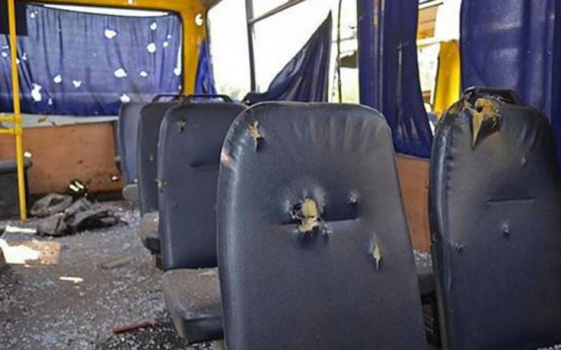 L'ONU condamne le bombardement d'un bus rempli de civils en Ukrain