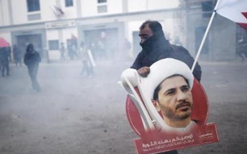 Bahreïn : le chef de l'opposition chiite condamné à quatre ans de prison sans la présence de ses avocats