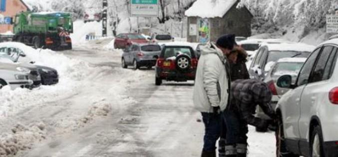 Neige: 7.000 foyers sans électricité dans les Pyrénées