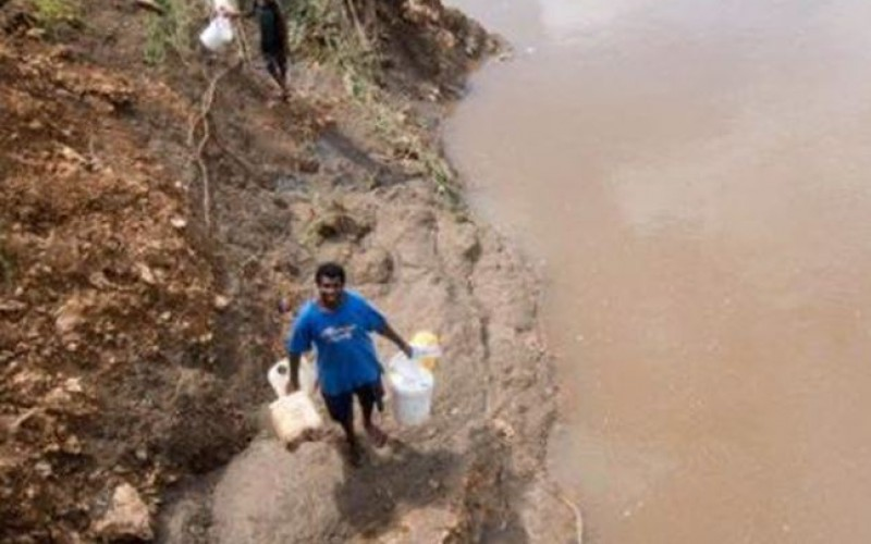 Cyclone Pam : le Vanuatu dévasté