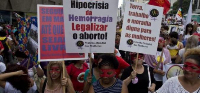 3.000 personnes manifestent à Sao Paulo pour l'avortement