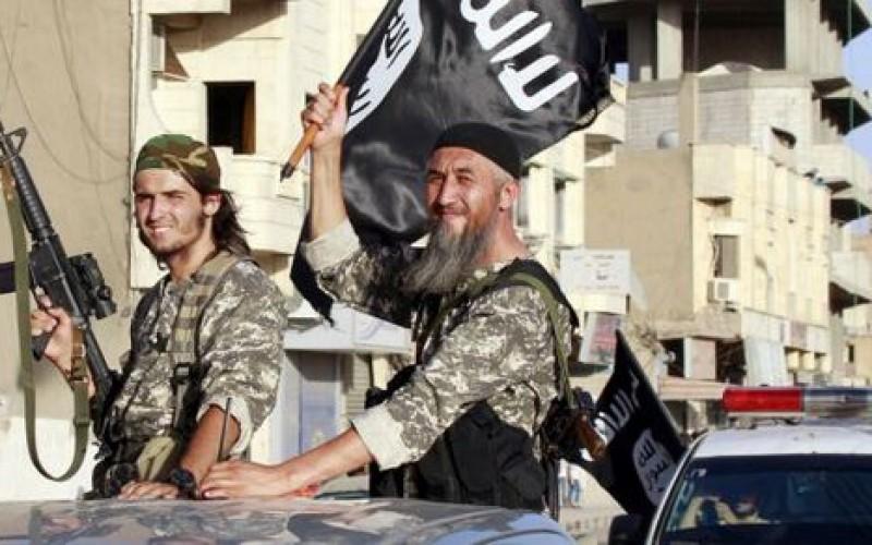 Syrie: 35 morts dans une attaque avortée de l'EI contre un aéroport du sud