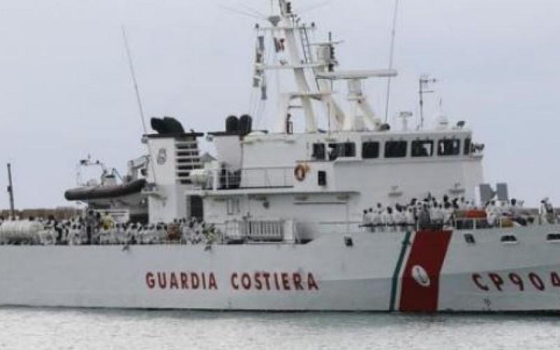 Un millier de migrants secourus par l'Italie en Méditerranée