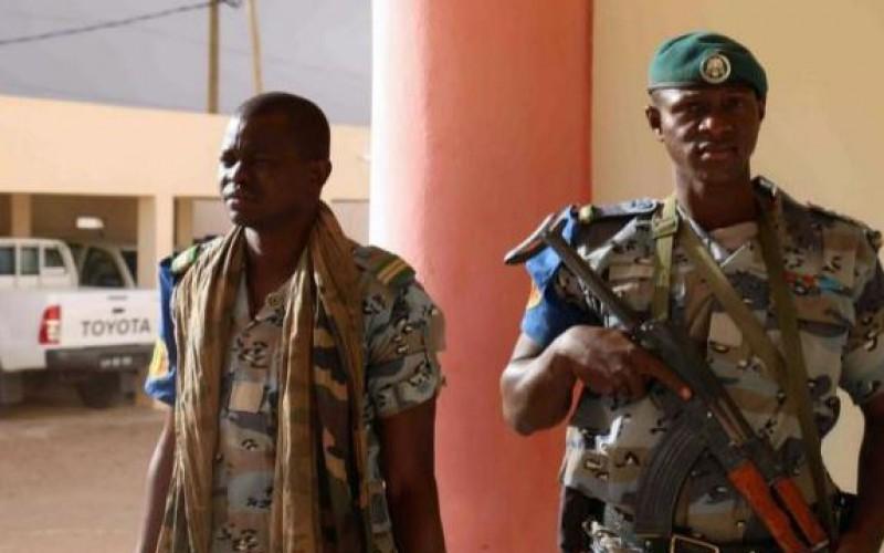 Mali : au moins 19 morts dans des combats