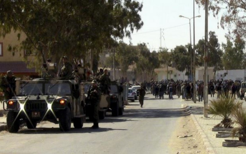Tunisie: des manifestants réclament des emplois, 6 membres des forces de l'ordre blessés