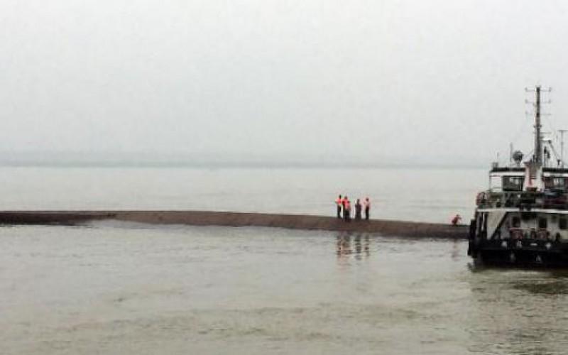 Chine: plus de 400 personnes disparues après le naufrage d'un navire de croisière