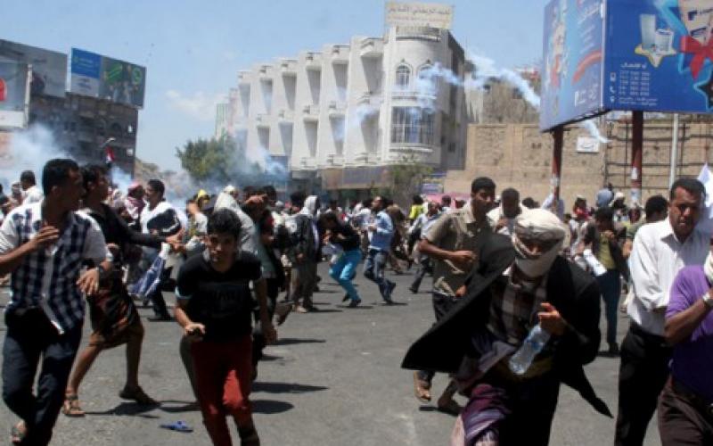 """Yémen : """"Il est vital que les navires commerciaux puissent revenir"""" dans les ports yéménites car le pays dépend à 90% de ces importations. (L'ONU)"""