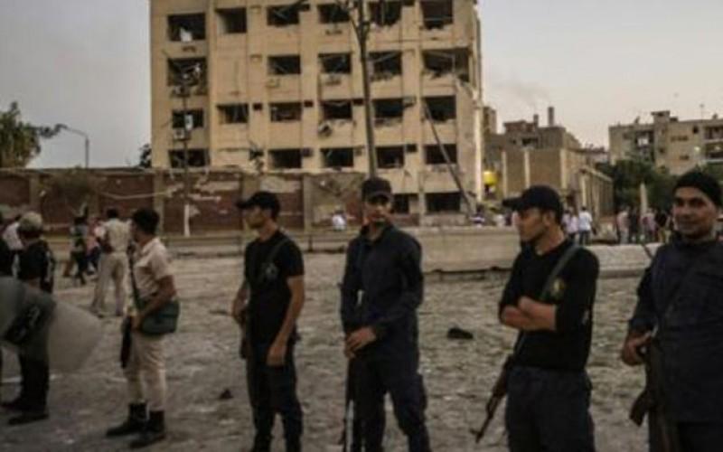 Egypte: au moins 6 policiers blessés dans un attentat au Caire