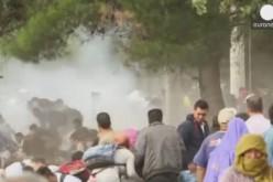 La police macédonienne repousse violemment des réfugiés, plusieurs blessés