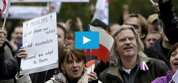 Manifestations contre les migrants en République Tchèque -vidéo