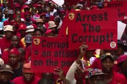 Des milliers de Sud-Africains marchent contre la corruption -vidéo