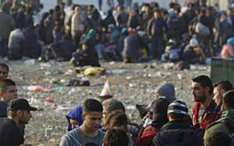 Réfugiés : un filtrage se met en place, sur fond de crainte sécuritaire