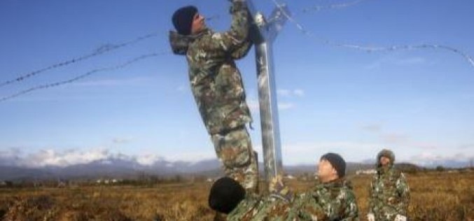 Nouvelles tensions avec des migrants à la frontière macédonienne
