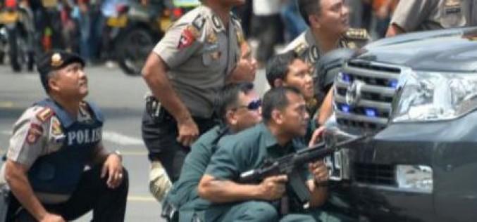 Indonésie: explosions au centre de Jakarta, au moins 4 morts