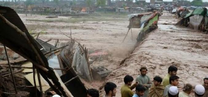 Pakistan : au moins 53 morts et 60 blessées dans des intempéries