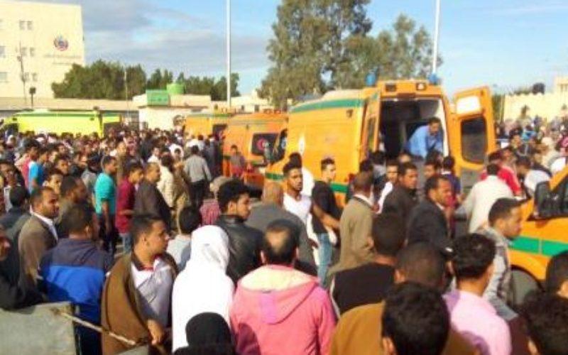 Attentat contre une mosquée en Egypte : plus de 300 morts dont 27 enfants
