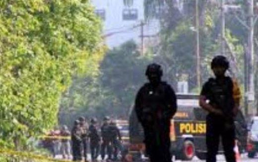 Indonésie: 9 morts et 40 blessés dans des attaques contre des églises