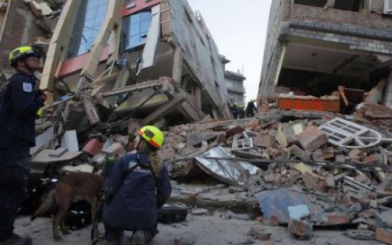 Népal: un violent séisme replonge le pays dans la terreur, une quarantaine de morts