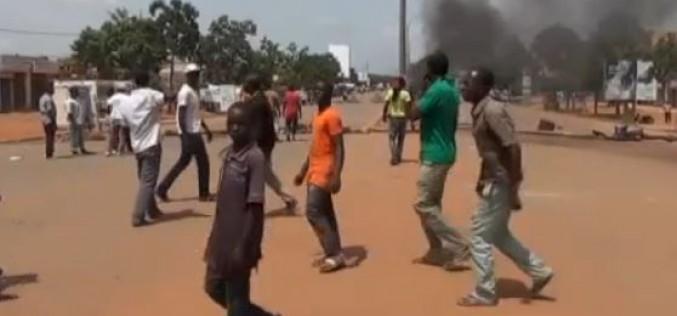 Burkina Faso : le coup de force militaire continue