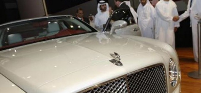 Le prince saoudien Majed bin Abdullah ben Abdulaziz Al Saud accusé d'avoir obligé 3 femmes à le regarder avoir une relation homosexuelle