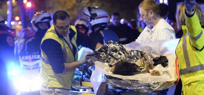 France : Scènes de guerre sans précédent à Paris: au moins 120 morts et 200 blessés