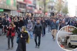 La police turque disperse une manifestation kurde à Diyarbakir – vidéo