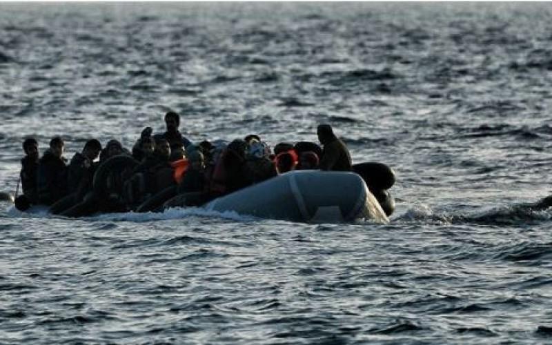 Grèce: 5 migrants, dont un enfant, se sont noyés en Egée, 4 disparus