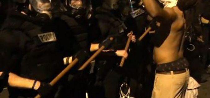 Etats-Unis : violente manifestation après la mort d'un homme noir abattu par la police